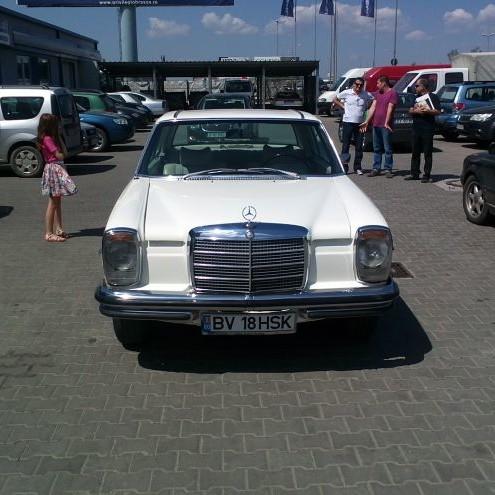 Mercedes Benz 280 SE - by Auto Kino
