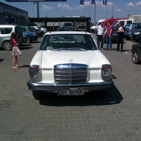 Mercedes Benz 280 SE - by Auto Kino